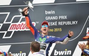 Lorenzo memenangi GP Ceko 2015 --sumber MotoGP.com