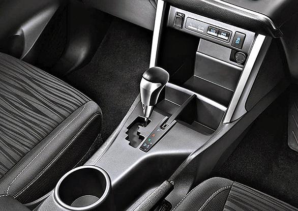 New-Toyota-Innova-1.jpg