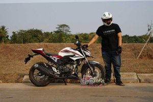 Modifikasi All New CB150R Buntut CBR1000RR SP otoborn