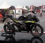 all new cbr150r black otoborn 09