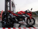 all new cbr150r red otoborn 01