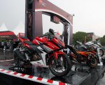 all new cbr150r red otoborn 02