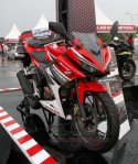 all new cbr150r red otoborn 04
