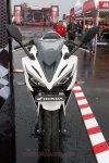 all new cbr150r white otoborn 02