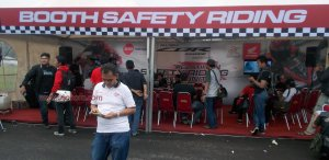 booth safety riding honda