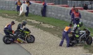 cal crutchlow bradley smith crash motogp austin 2016