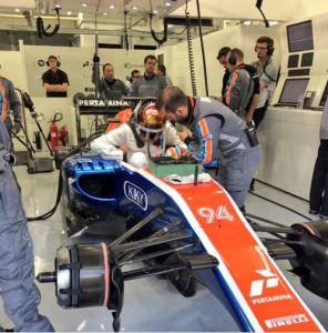 pascal wehrlein overhaul bahrain gp 2016