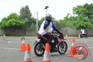 Honda Sonic 150R otoborn imotorium safety riding 03