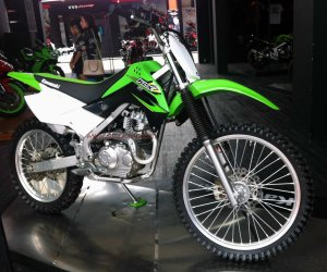 Kawasaki KLX Off The Road kanan