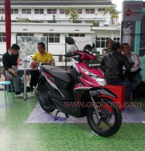 Honda All New BeAT eSP Fusion Magenta Black