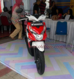 Honda All New BeAT eSP Soul Red White depan